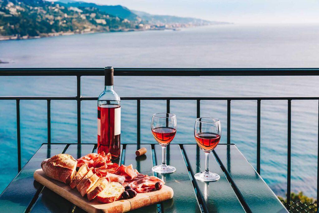 Choose a rosé wine for a sunny aperitif