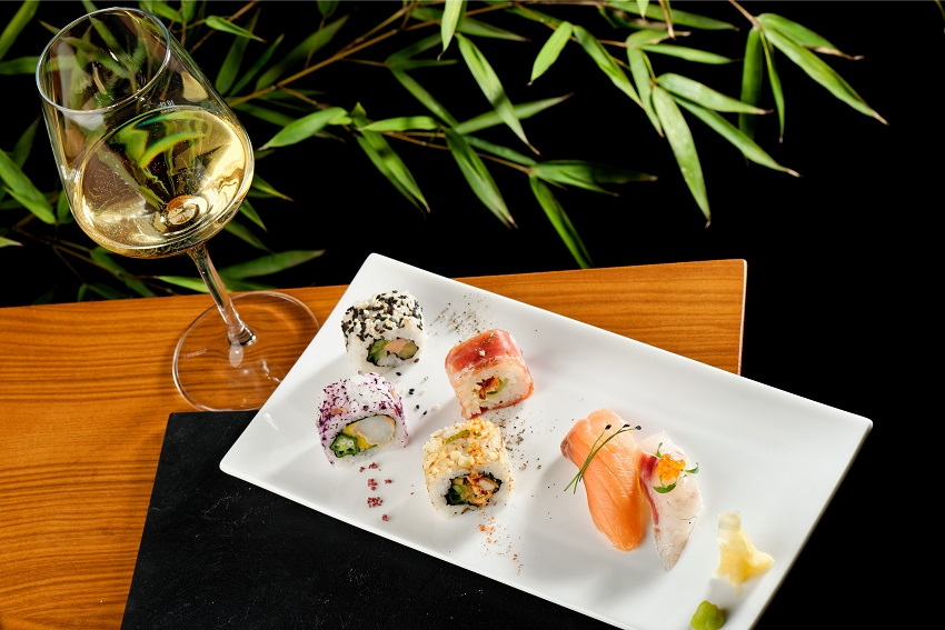 White wine & sushi