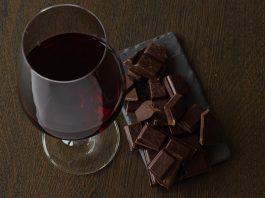 Vin rouge et chocolat noir