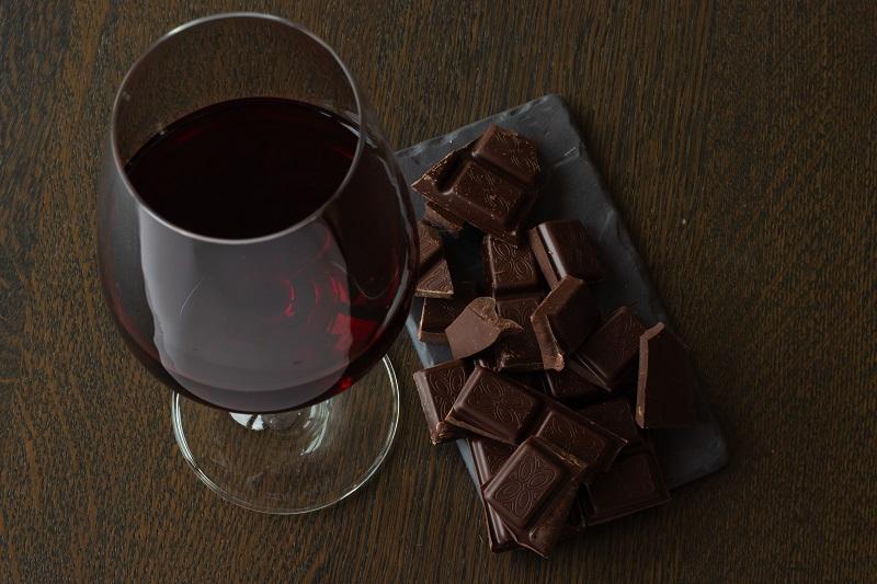 Accord vin rouge et chocolat